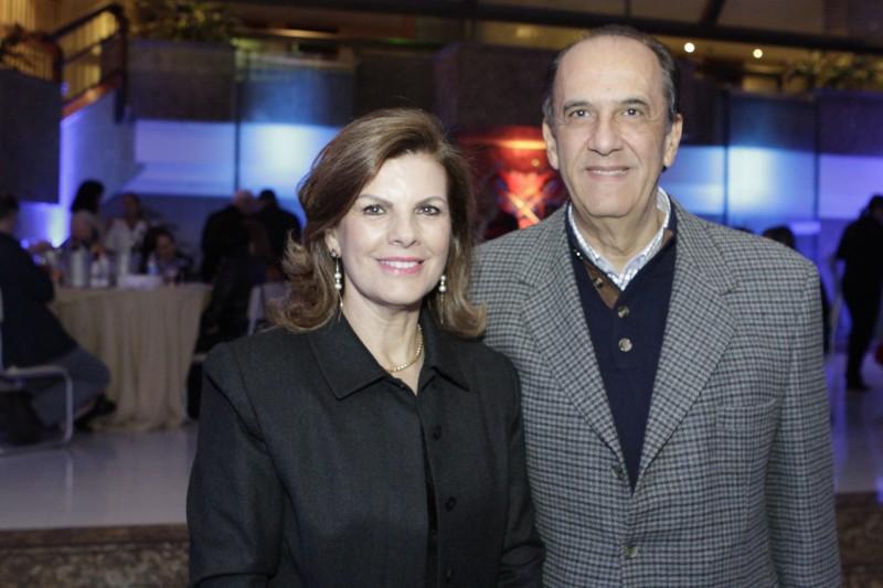 Maria Aparecida e José Naja Neme da Silva