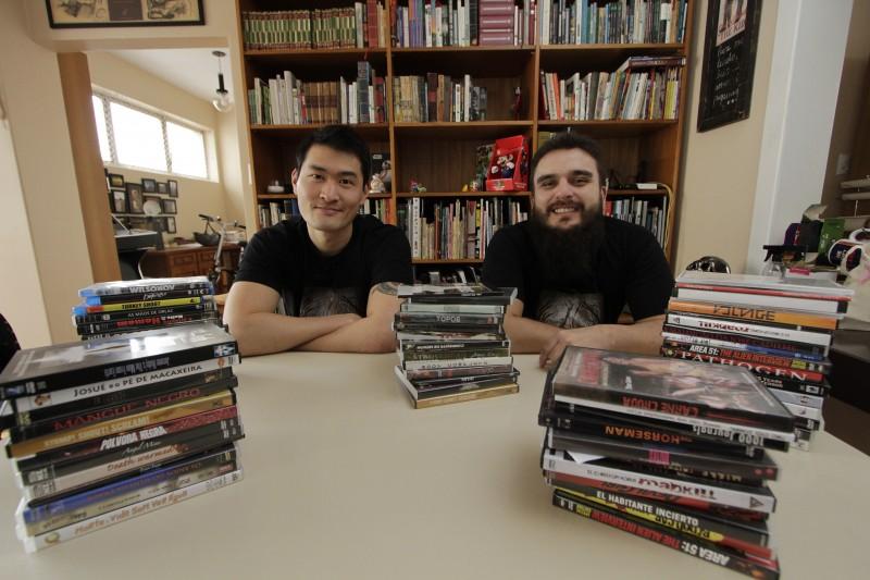 João Pedro Fleck e Nicolas Tonsho criaram uma empresa de legendagem de filmes a partir do Fantaspoa