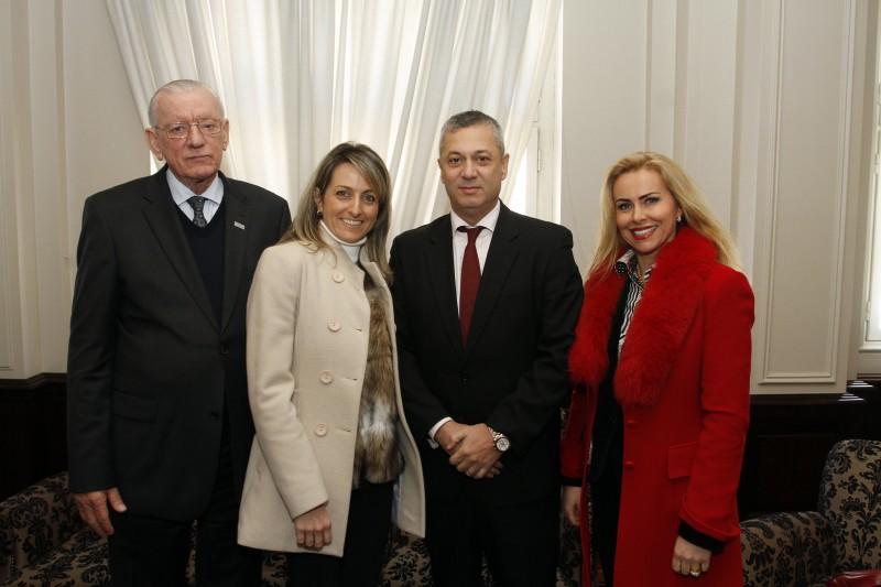 Heitor Müller, presidente da Fiergs, Simone Leite, presidente da Federasul,  Fábio Medina Osório, advogado-geral da União, e a juíza Giovana Farenzena