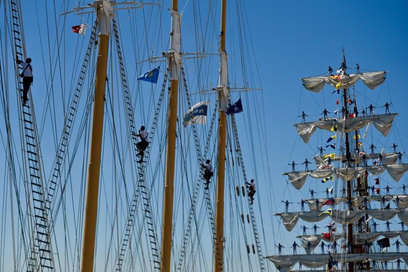 Marinheiros se preparam para o Tall Ships 2016