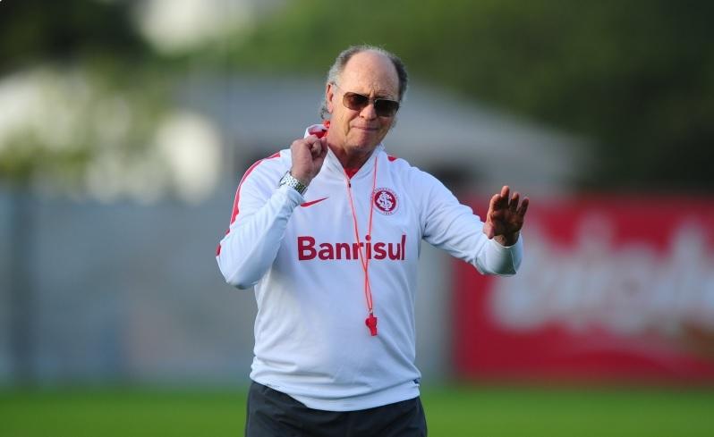 Falcão prepara a equipe para o confronto contra o Corinthians