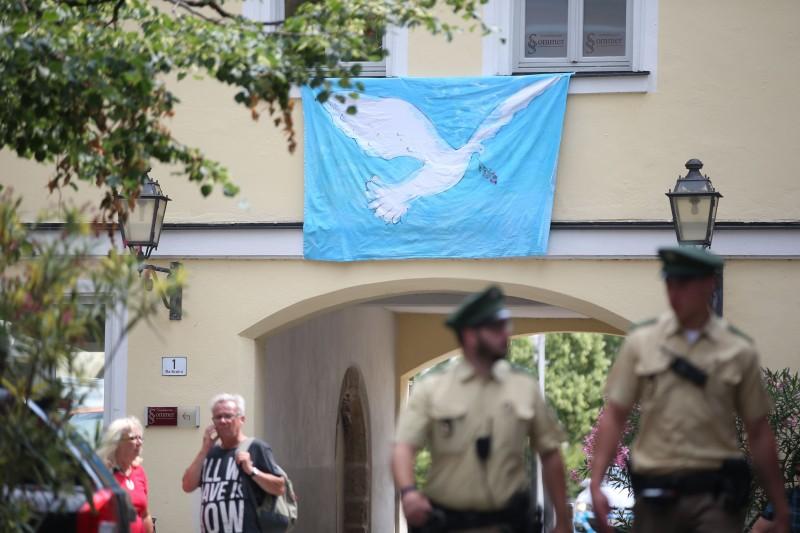 Governo alemão anunciou ontem a contratação de mais policiais