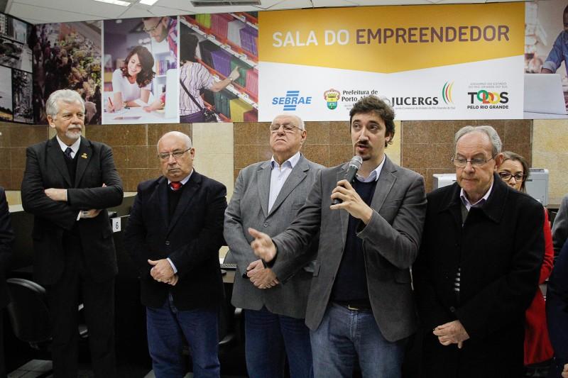 O prefeito José Fortunati e representantes do Sebrae e da Endeavor participaram do lançamento