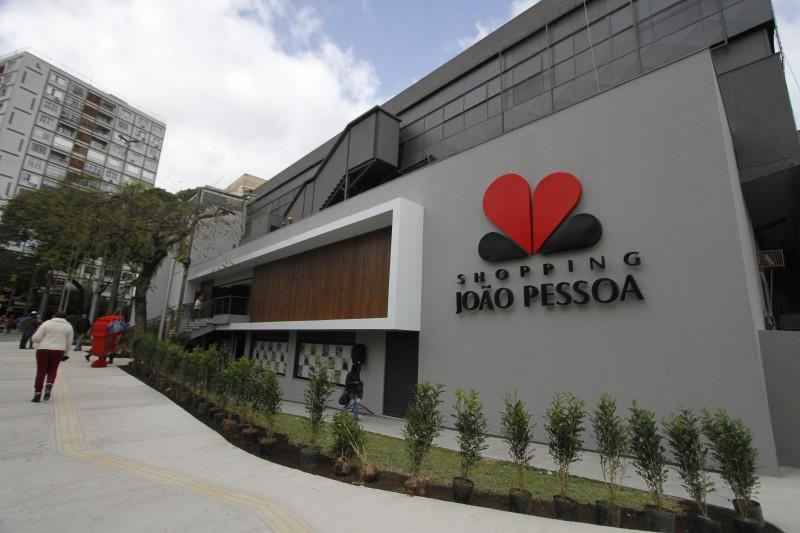 Shopping joão Pessoa inaugura nova fachada e unidade do supermercado Dia