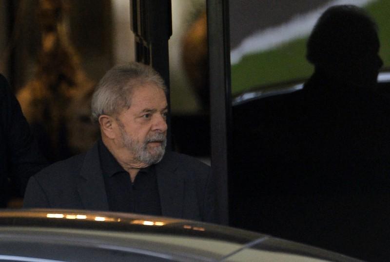 Ex-presidente é réu em três ações penais, em Brasília e Curitiba