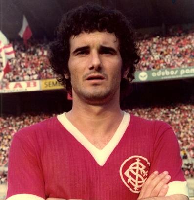 Vacaria foi bicampeão brasileiro com a camisa colorada em 1975 e 1976