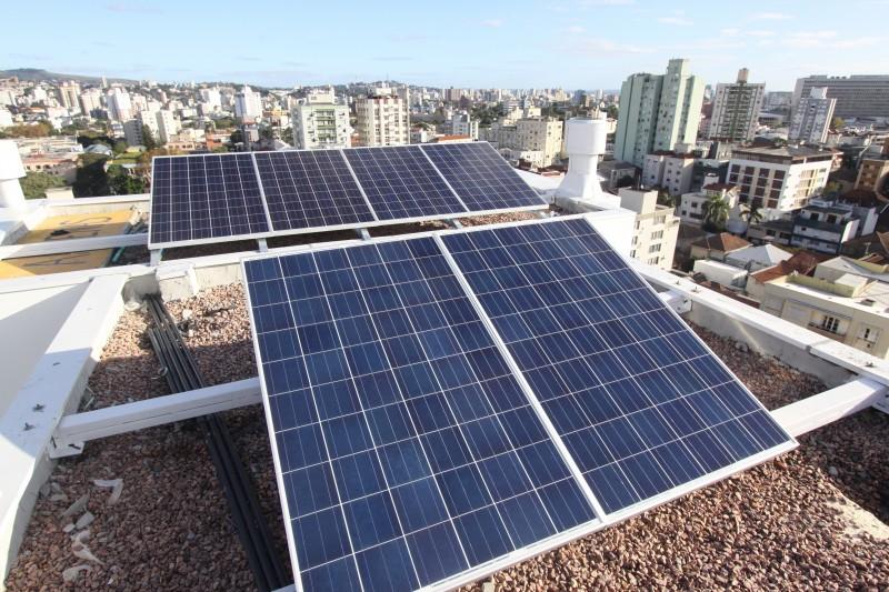 São 841 projetos eólicos e 419 fotovoltáicos. No Rio Grande do Sul, são 127 em energia eólica