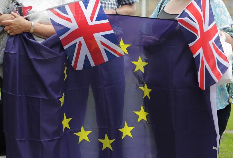 Países do bloco econômico veem com preocupação o processo de rompimento do Reino Unido