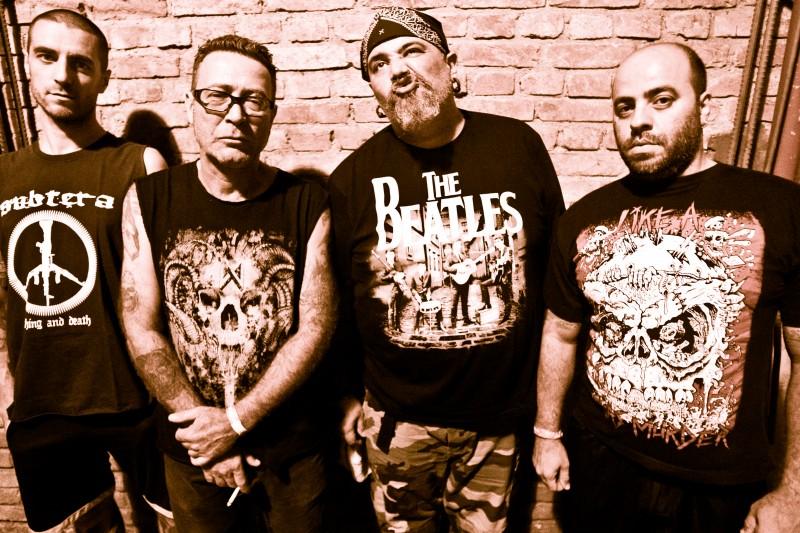 Banda Ratos de Porão toca Anarkophobia em comemoração pelos 25 anos do disco