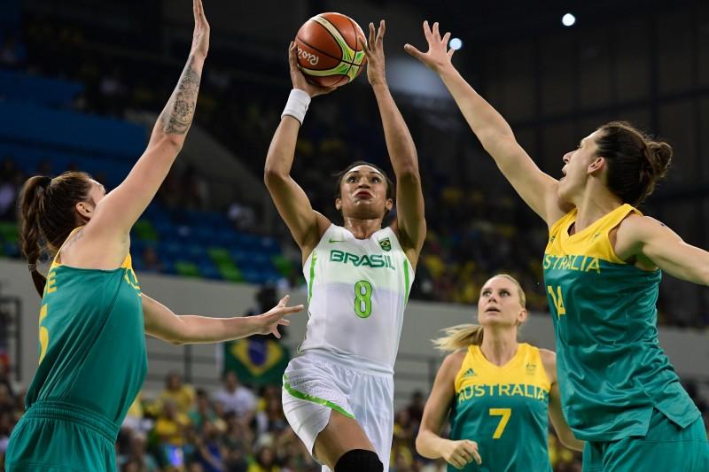 Seleção brasileira feminina de basquete não conseguiu romper barreira de derrotas