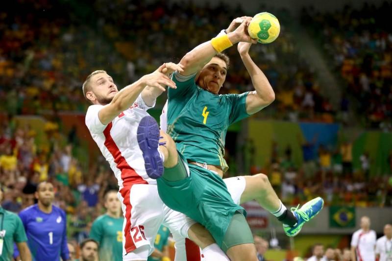 Brasil vence a seleção da Polônia no handebol