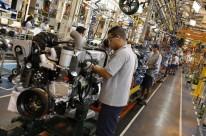 Emprego nas montadoras sobe 0,4% em abril ante março, mostra Anfavea