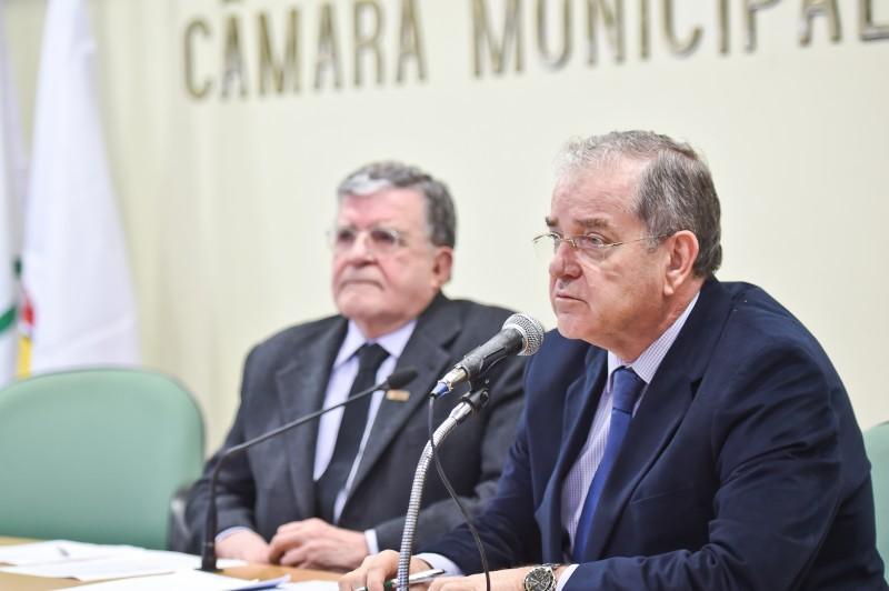 Guilherme Socias Villela (e) já assumiu como presidente da CMPA em exercício