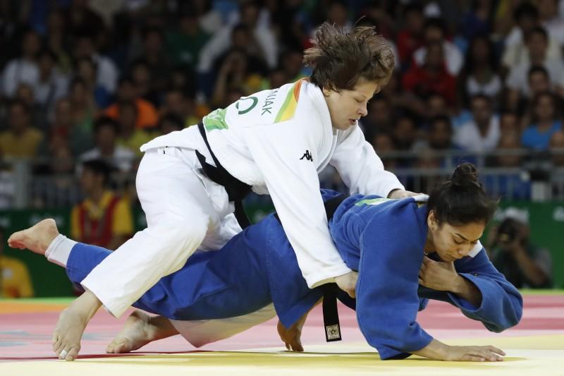 Mariana Silva perdeu na semifinal para a eslovena Tina Trstenjak