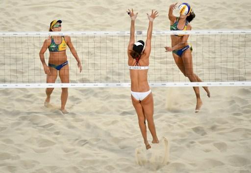 Com a vitória, as brasileiras lideram o grupo A e garantiram a classificação antecipada para a próxima fase da competição