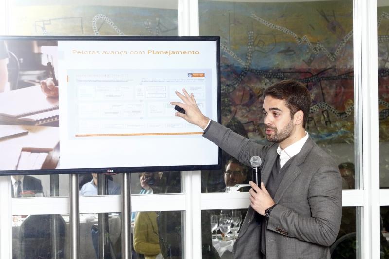 Prefeito Eduardo Leite não é candidato, mas quer deixar projeto encaminhado