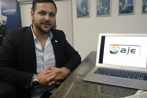 Willian Barros de Assis é presidente da AJE POA