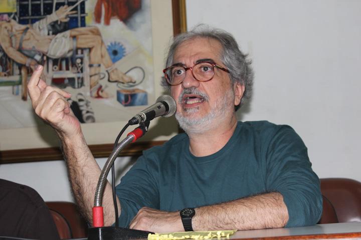 Geneton Moraes Neto deixou a mulher, duas filhas e netos