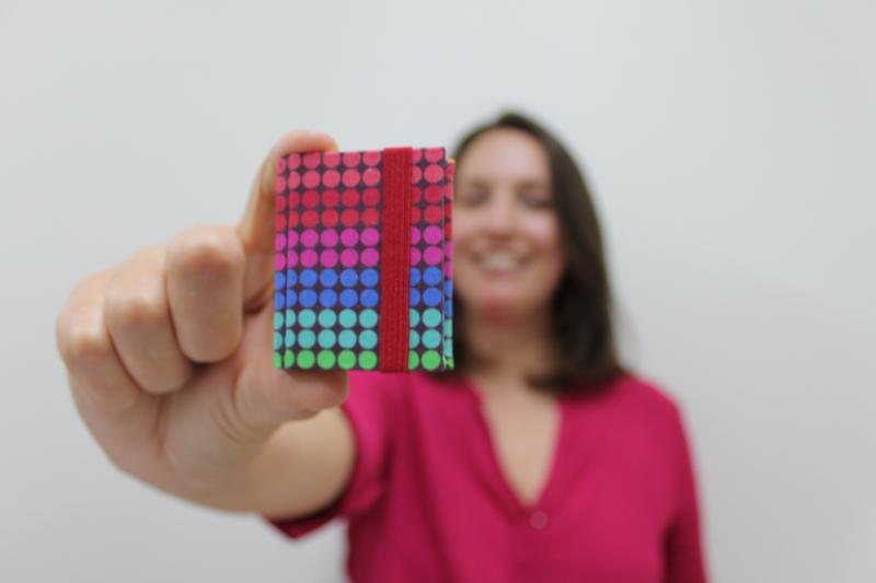 Michele Souto, do Clio Atelier Criativo, é especialista em encadernação e cartonagem