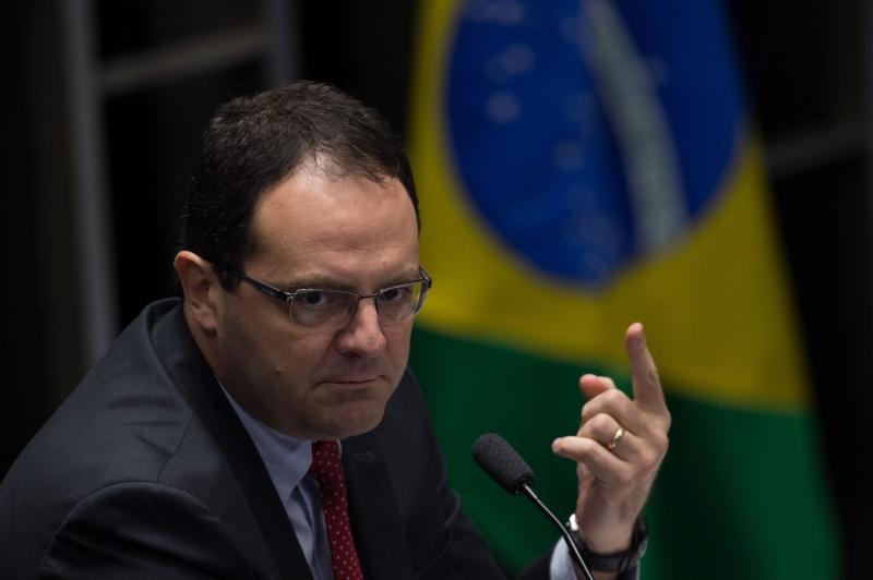 Barbosa depôs no terceiro dia do julgamento da presidente afastada