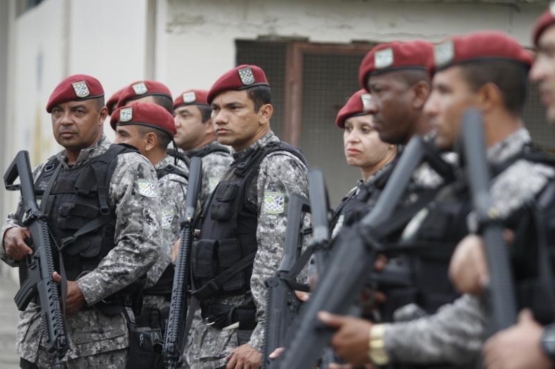 Chegada de tropa da Força Nacional a Porto Alegre