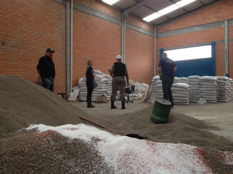Grupos misturavam outros produtos aos fertilizantes, para aumentar o produto original