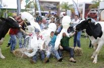 Feira destaca produção leiteira estadual