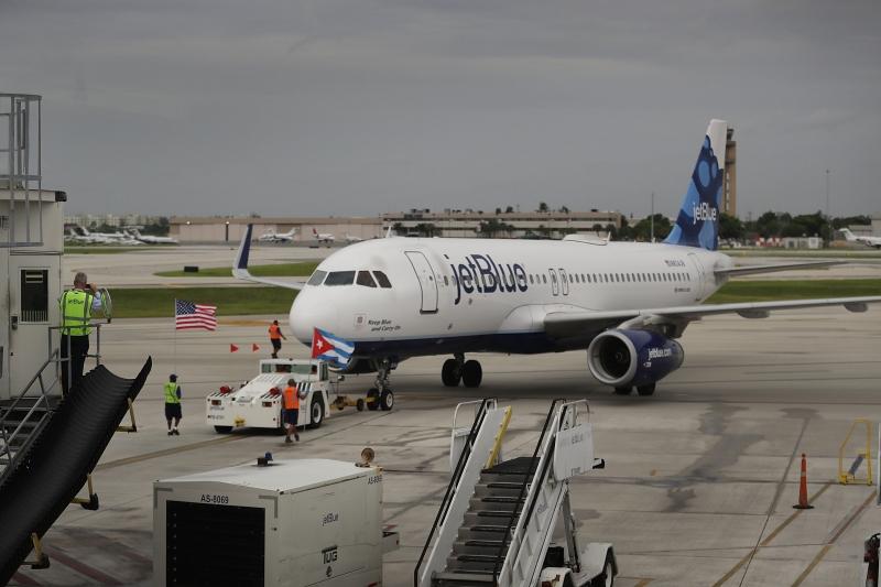 A JetBlue conta com aproximadamente 1.000 voos diários para 101 cidades