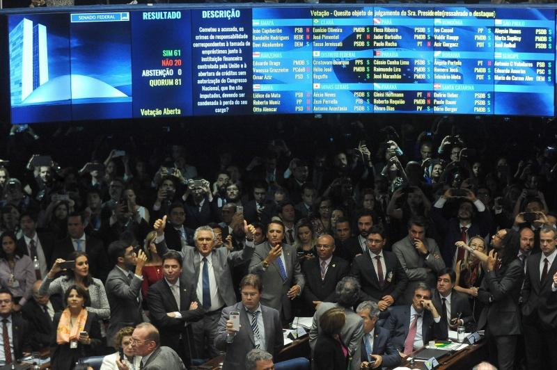 Votação aconteceu após seis dias de debates no plenário do Senado