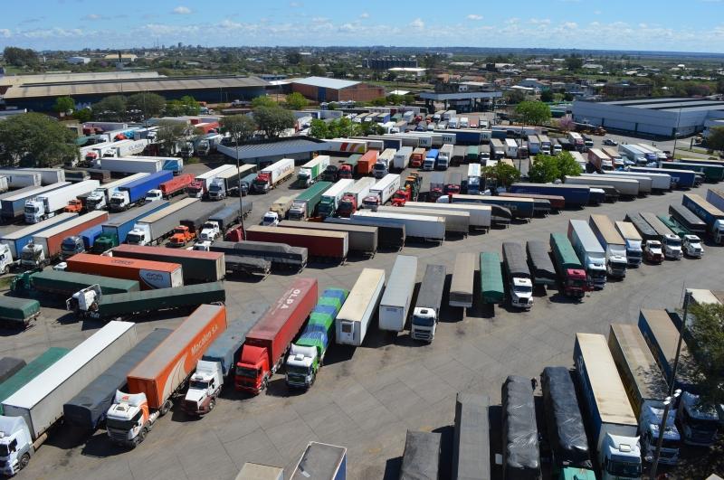 Atraso na liberação de mercadorias nas aduanas prejudica empresários