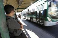 Centrais sindicais prometem bloquear garagens de ônibus