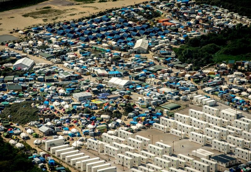 Devido à precariedade, acampamentos são chamados de 'selvas' em Calais