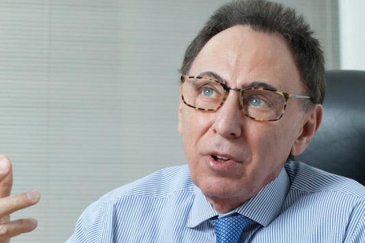 Walter Cover, presidente da Associação Brasileira da Indústria de Materiais de Construção