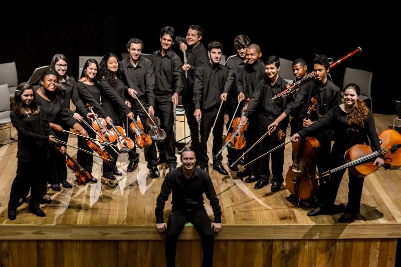 Orquestra Ipdae pode ser vista em apresentação neste domingo