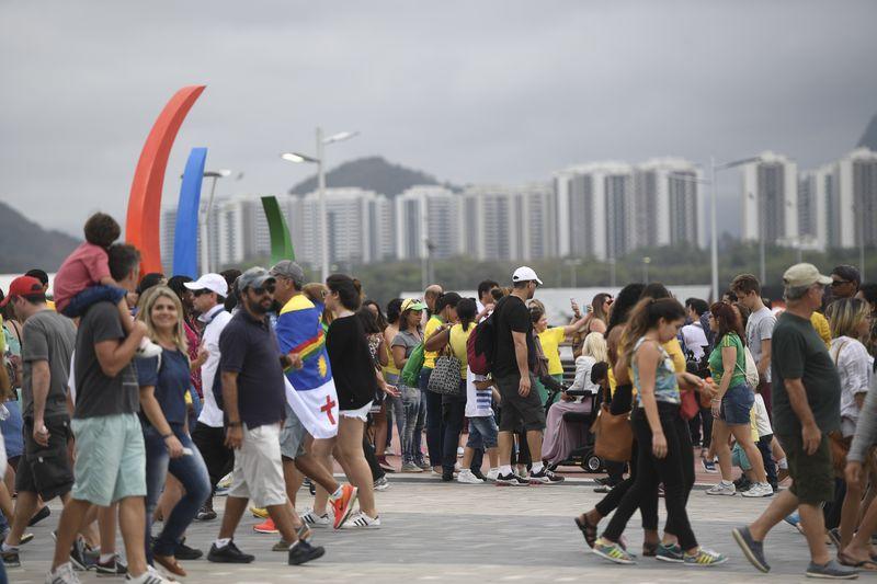Visitantes no Parque Olímpico durante os Jogos Paralímpicos Rio 2016