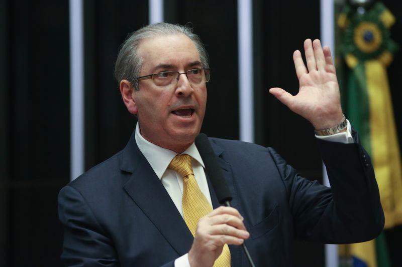 Brasília - Eduardo Cunha faz sua defesa no plenário da Câmara dos Deputados antes de iniciar a votação de sua cassação