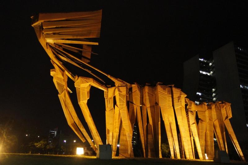 Monumento dos Açorianos foi entregue após período de restauração