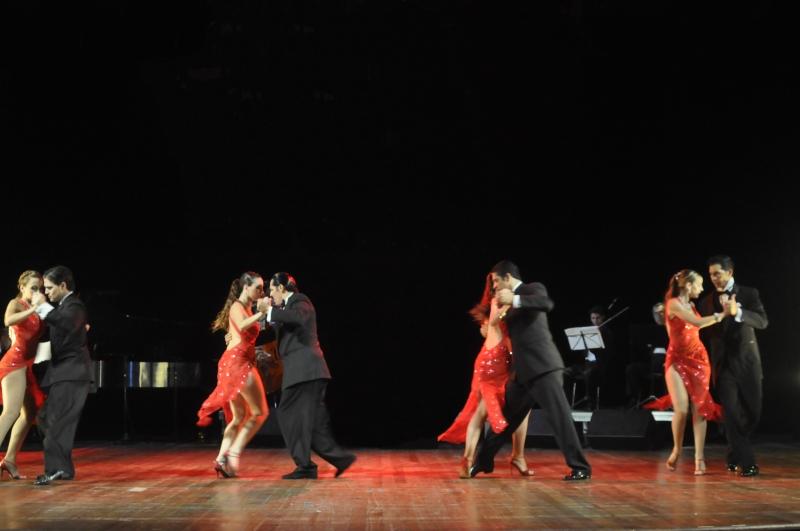 Tango... Viaje al Sentimiento traz três gerações de artistas