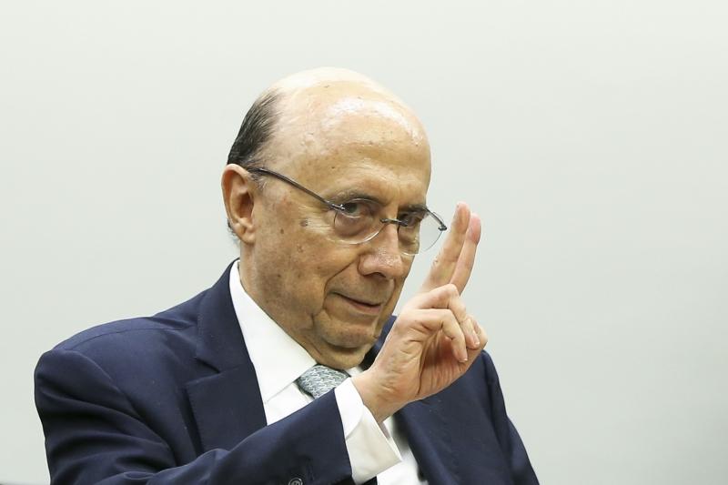 Meirelles garante que há espaço na Lei de Responsabilidade Fiscal para essa concessão