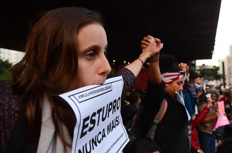 Manifestação de mulheres contra o machismo e a cultura do estupro