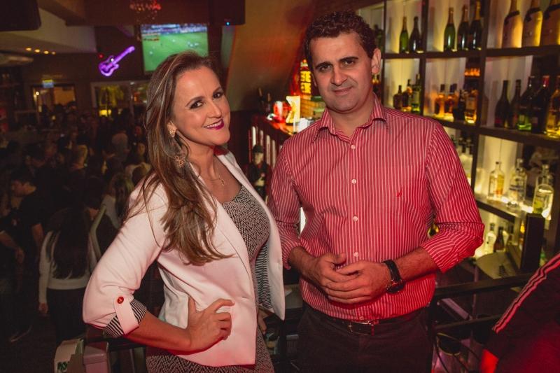 Os irmãos Elaine Leite e Tiago Leite apresentaram o novo cardápio do Rosario Resto Lounge