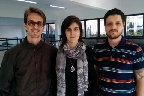 Marcos Berghahn (esq.) é o criador da plataforma e sócio de Thaís Serafini e Gustavo Zanette
