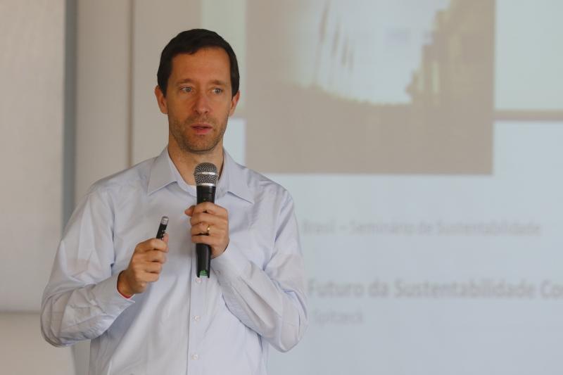 Heiko Spitzeck é especialista em sustentabilidade corporativa