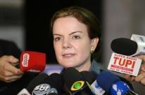 Gleisi acusa PGR de ter apresentado denúncia para atender clamor popular