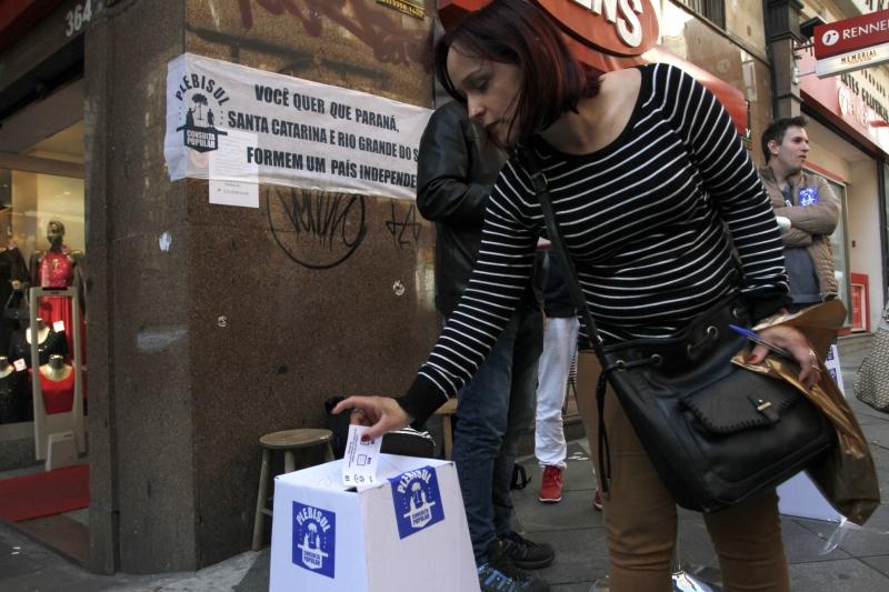 Porto-alegrenses participaram da votação pelo separatismo do Rio Grande do Sul, Santa Catarina e Paraná