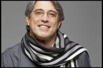 Jazz e romantismo de Ivan Lins volta a Porto Alegre no Teatro Bourbon Country