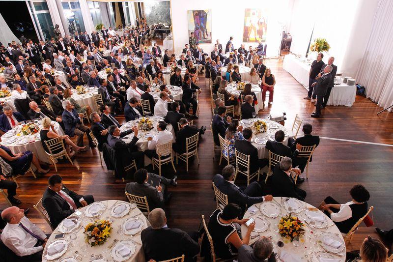 Brasília - O presidente Michel Temer acompanhado dos Presidentes da Câmara e do Senado, Rodrigo Maia  e Renan Calheiros durante jantar com a base aliada no Palácio da Alvorada (Beto Barata/PR)