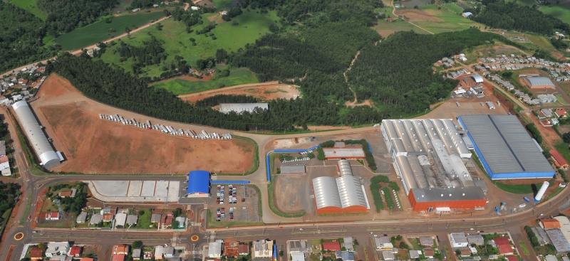 Além da fábrica em São Lourenço do Oeste (SC), grupo possui unidades em outros estados brasileiros