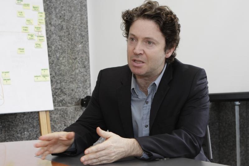 Ideia é formar espírito empreendedor entre os estudantes, diz Lewin