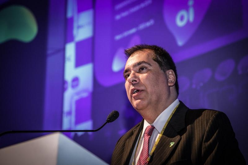 Schroeder quer reverter multas aplicadas pela Anatel por investimentos na banda larga
